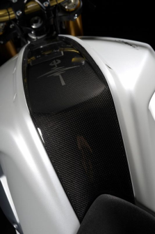CENTRAL TANK COVER SLEEK CARBON